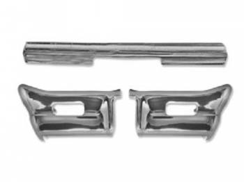 Dynacorn International LLC - Front Chrome Bumper (3 Piece Set) - Image 1