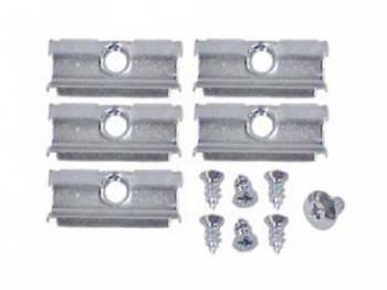East Coast Reproductions - Upper Quarter Window Molding Clip Set (Does 1 Molding) - Image 1
